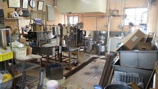 譲り受けた豆腐製造の機械を、いよいよ運び出しです。